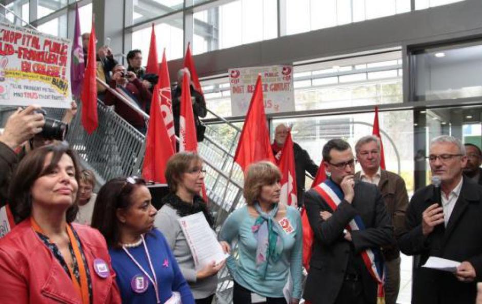 Hôpital de Corbeil : les opposants au parking payant obtiennent un délai